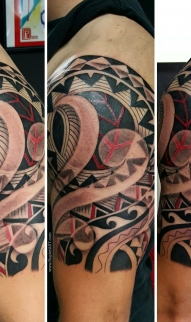 Abstract Polynesian
