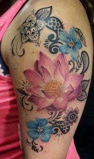 Lotus flower /Henna