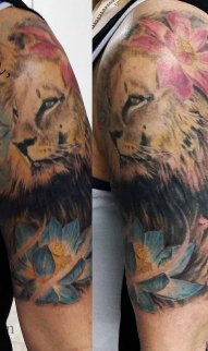 Lion/ Lotus